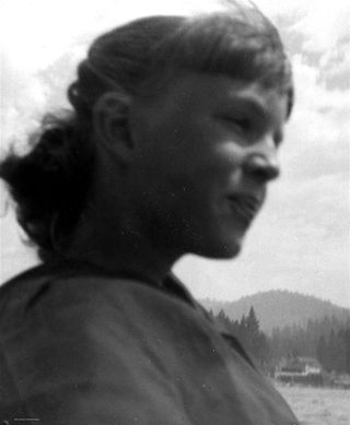 Linda at 15 copy